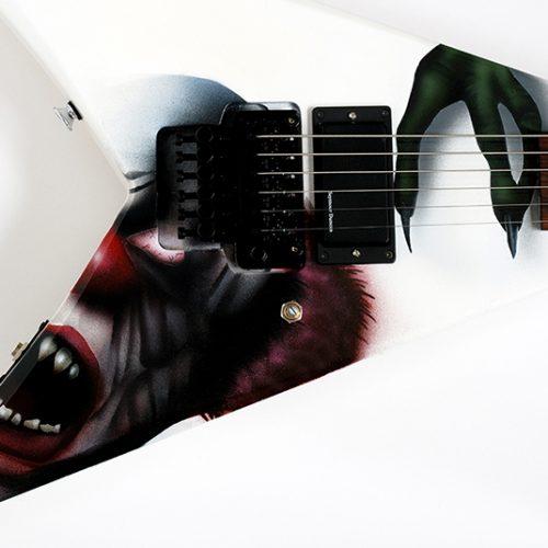 Tim_schild_airbrush_guitarre